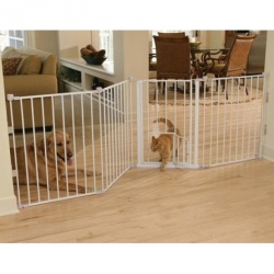 Carlson Flexi Walk Thru Gate with Pet Door - White Image