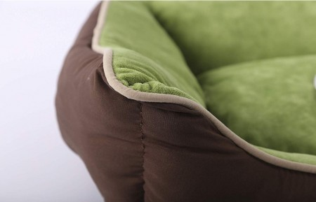K&H Pet Self-Warming Lounge Sleeper - Mocha & Green alternate img #3