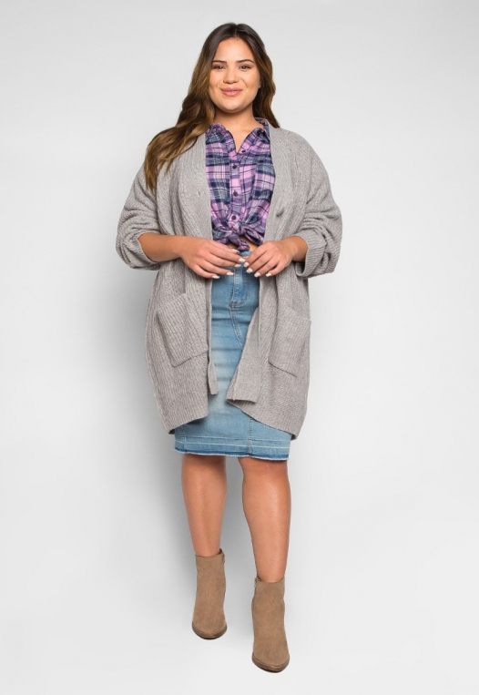 Plus Size Lila Oversized Button Front Cardigan alternate img #4