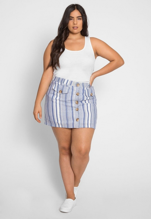 Plus Size Cali Basic Tank Top in White alternate img #3