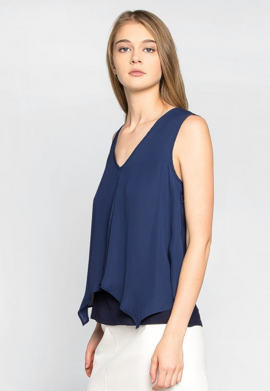 Stay True Layered Loose Fit Blouse in Navy alternate img #3