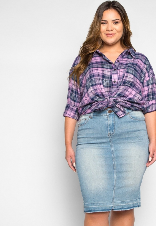 Plus Size Hemlock Knot Waist Plaid Shirt alternate img #5