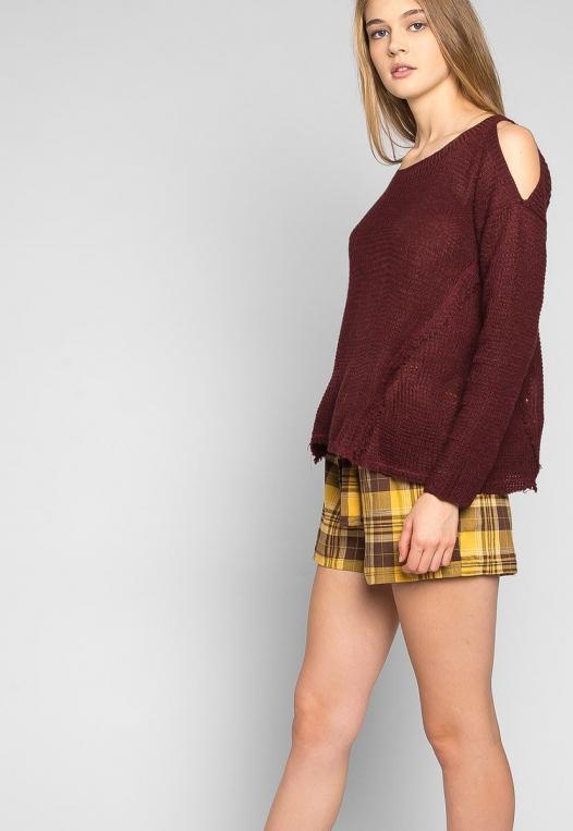 Girls Like You Pullover Sweater in Burgundy alternate img #5