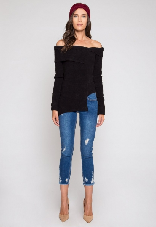 Ribbed asymmetric sweater in black alternate img #4