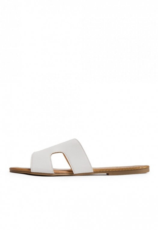 Bailey Cut Out Sandals in White alternate img #3