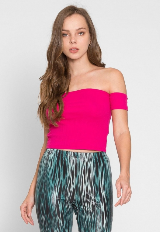 One More Time Off Shoulder Top in Fuchsia alternate img #4
