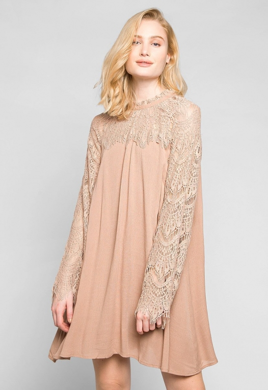 Burning For Love Lace Yoke Dress in Blush alternate img #1