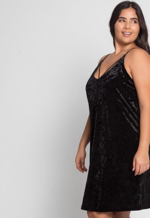 Plus Size Delilah Velvet Cami Dress in Black alternate img #5