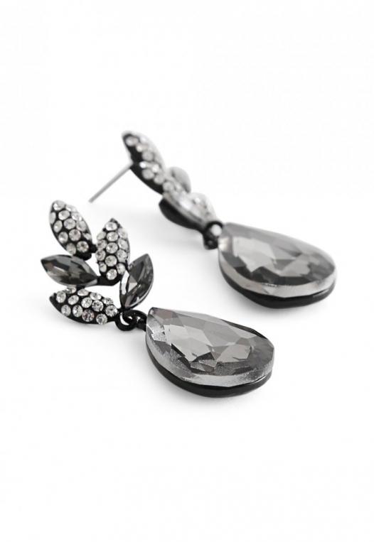 Chantelle Drop Earrings alternate img #2