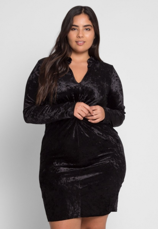Plus Size Wild Velvet Party Dress in Black alternate img #2