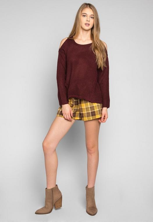 Girls Like You Pullover Sweater in Burgundy alternate img #4