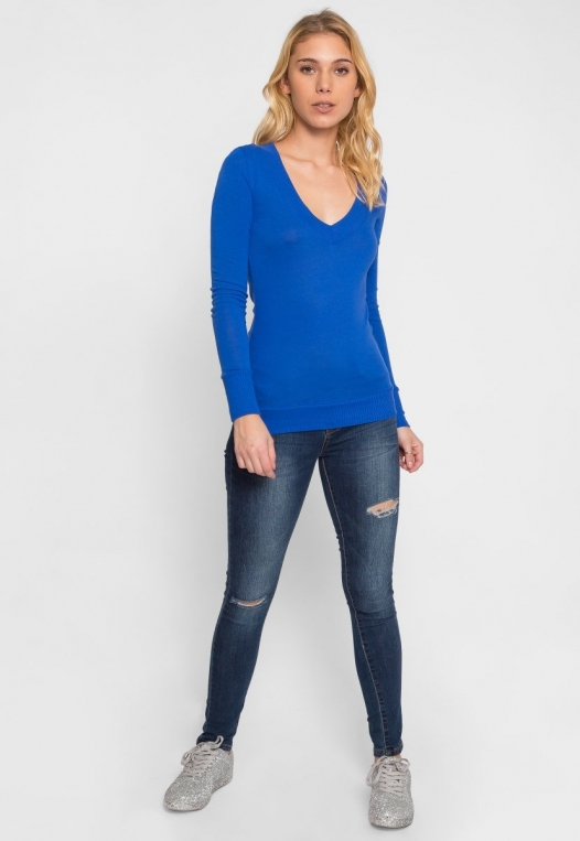 Perfect V Neck Sweater in Blue alternate img #4