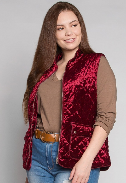Plus Size Mountain Call Quilted Vest in Burgundy alternate img #2