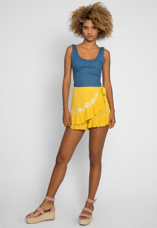 Floral Embroidered Shorts in Yellow alternate img #4