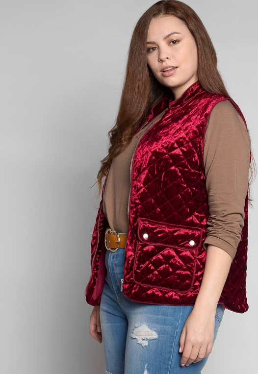Plus Size Mountain Call Quilted Vest in Burgundy alternate img #5