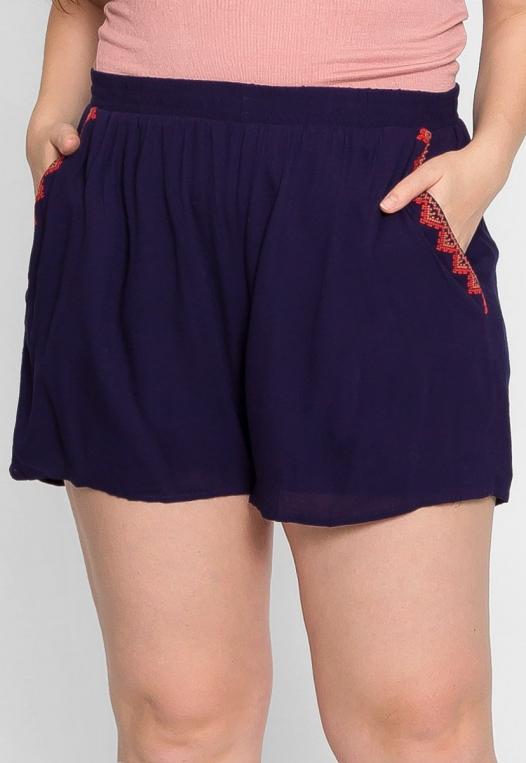 Plus Size Tribal Trim High Waist Shorts alternate img #3