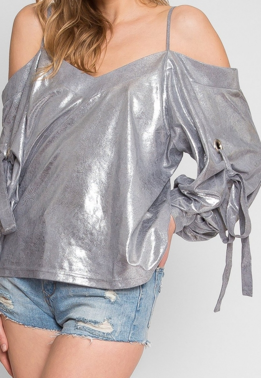 No One Knows Metallic Exaggerated Sleeve Top alternate img #6