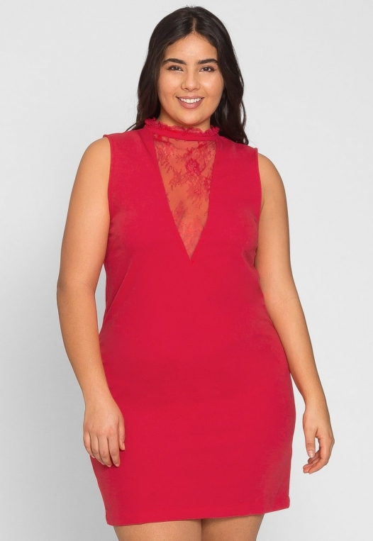 Plus Size Celebration Dress in Red alternate img #3