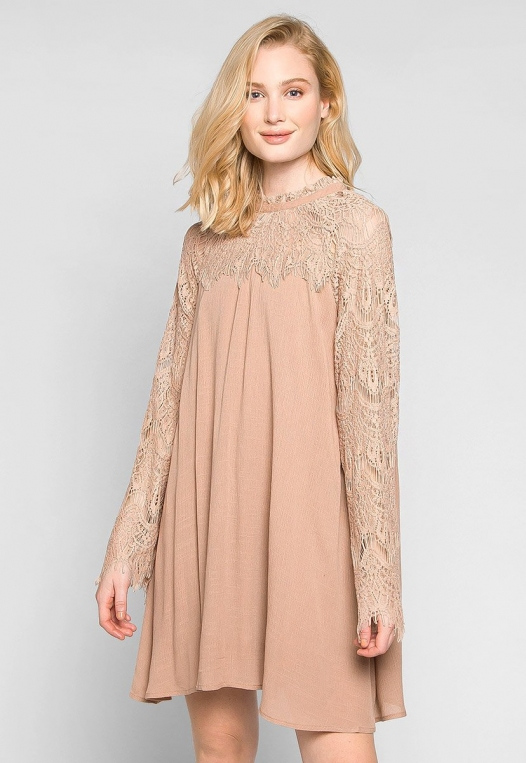 Burning For Love Lace Yoke Dress in Blush alternate img #3