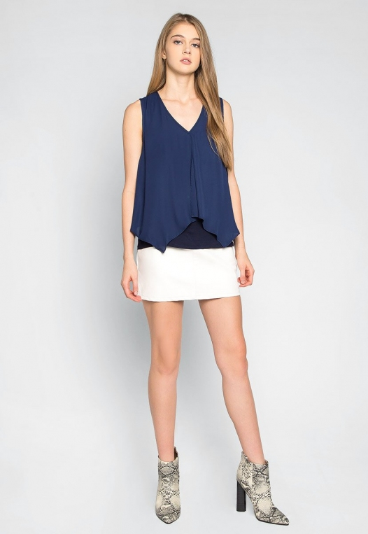 Stay True Layered Loose Fit Blouse in Navy alternate img #4