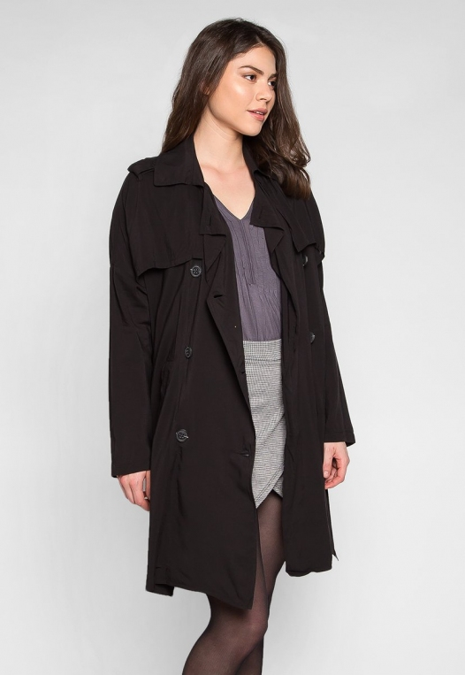 Look My Way Belted Trench Coat In Black alternate img #3