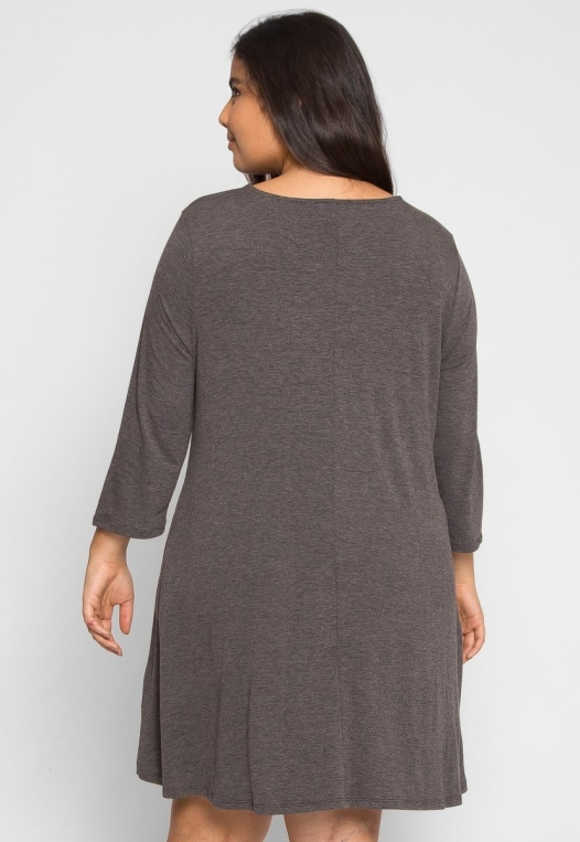 Plus Size Catwalk Tunic Knit Dress in Charcoal alternate img #3