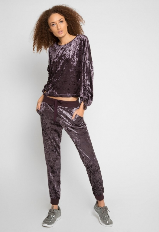 Velvet Evening Crop Sweater alternate img #4