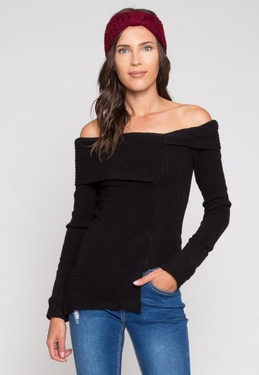Ribbed asymmetric sweater in black alternate img #1