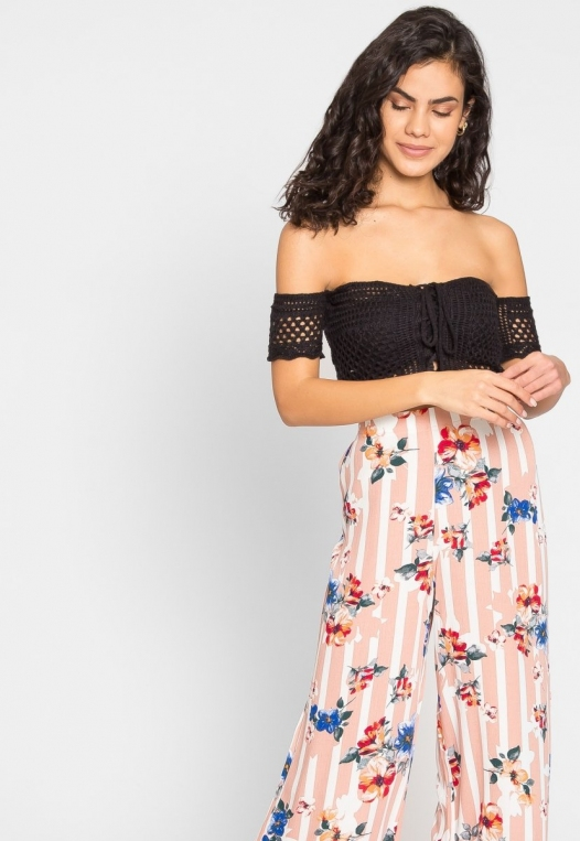 Puerto Crochet Off Shoulder Crop Top in Black alternate img #7