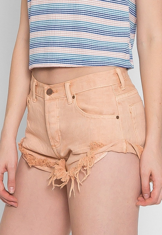 Good Mood Denim Shorts in Sand alternate img #4