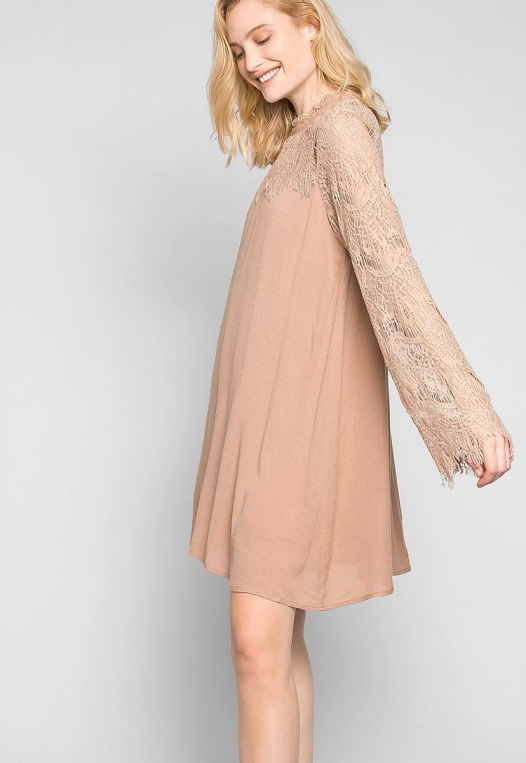 Burning For Love Lace Yoke Dress in Blush alternate img #5