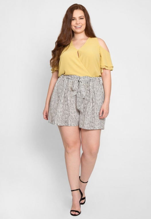 Plus Size High Waist Stripe Shorts alternate img #5