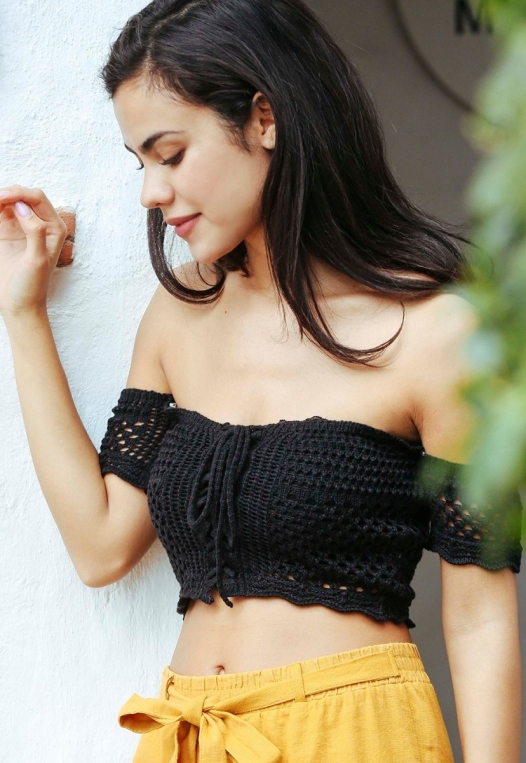 Puerto Crochet Off Shoulder Crop Top in Black alternate img #2