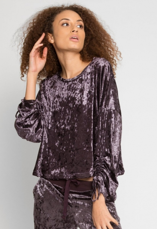 Velvet Evening Crop Sweater alternate img #2
