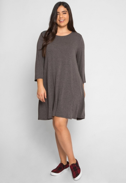 Plus Size Catwalk Tunic Knit Dress in Charcoal alternate img #4