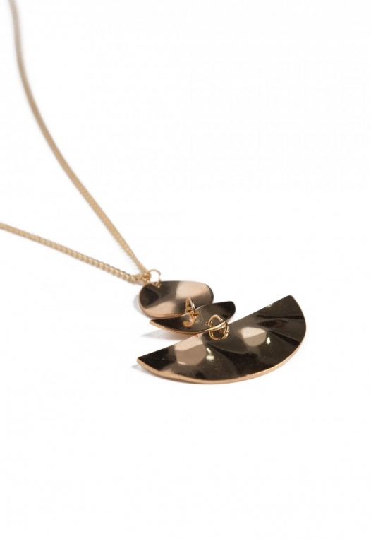 Seismic Pendant Necklace in Gold alternate img #2