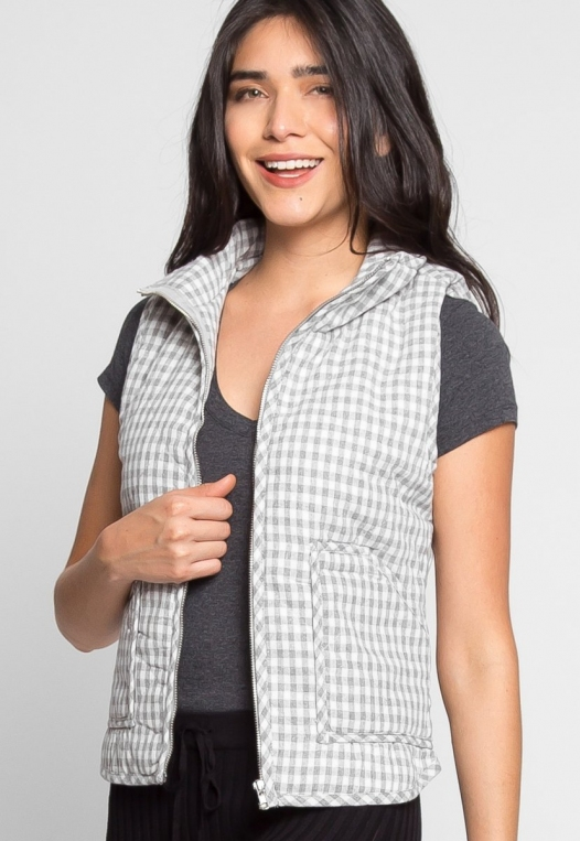 Hill Front Plaid Quilted Vest in Gray alternate img #3