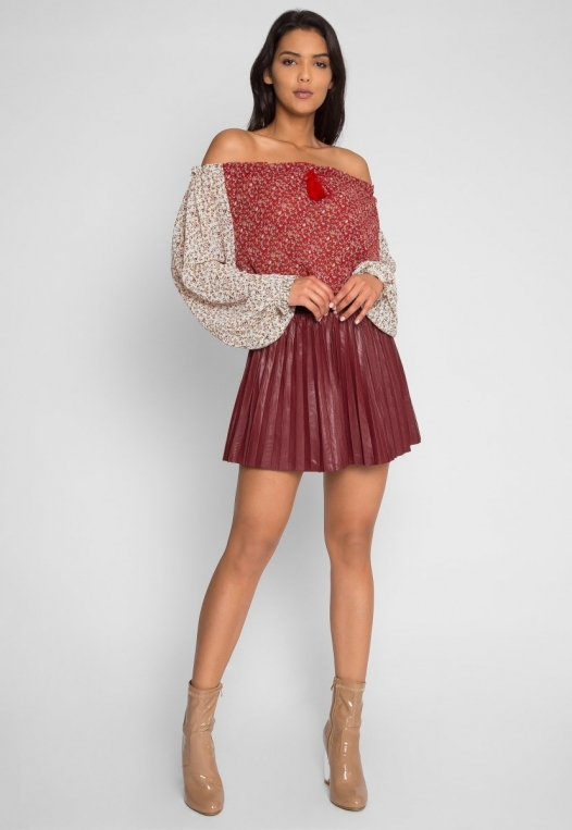Pembrooke Floral Top in Red alternate img #4
