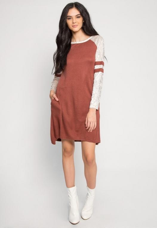 Catcher Varsity Velvet Dress in Wine alternate img #4