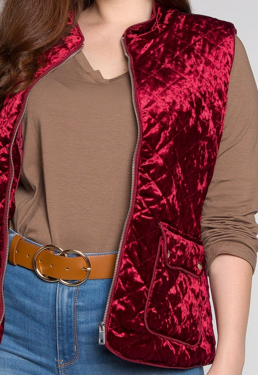 Plus Size Mountain Call Quilted Vest in Burgundy alternate img #6