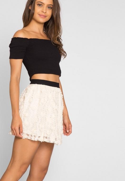 Clover Textured Mini Skirt alternate img #2