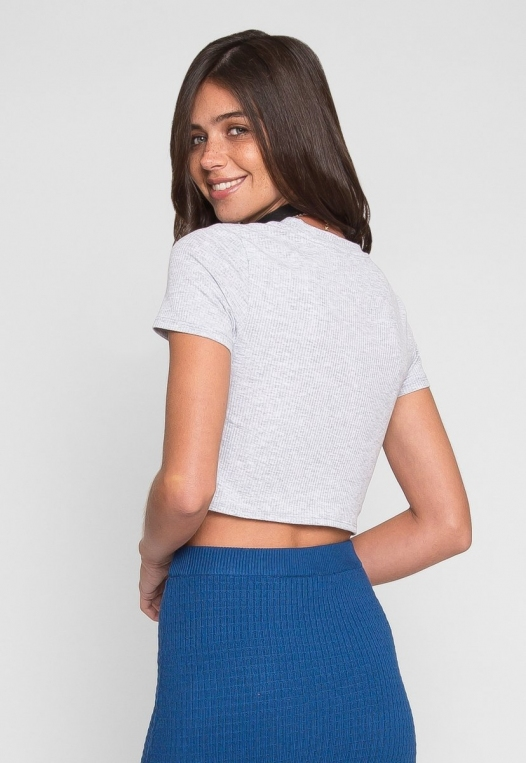 Shapeshifter Tie Twist Crop T-Shirt in Gray alternate img #3