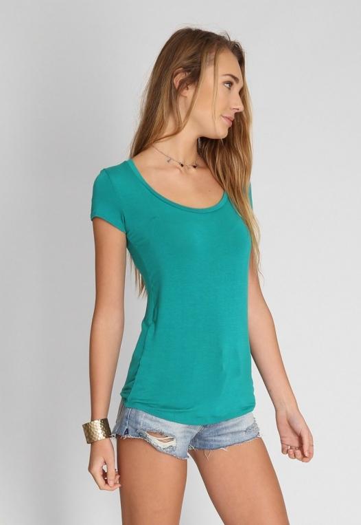 Basic t-shirt in green alternate img #2