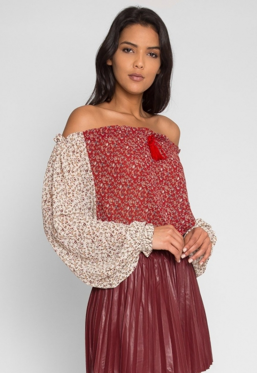 Pembrooke Floral Top in Red alternate img #1