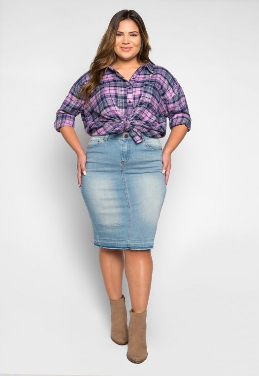 Plus Size Hemlock Knot Waist Plaid Shirt alternate img #4