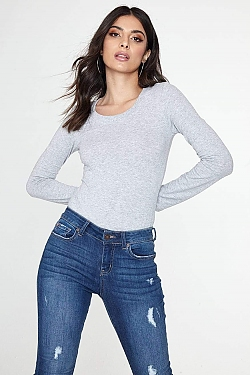 See Basic Scoop Neck Long Sleeve Top in Heather Grey