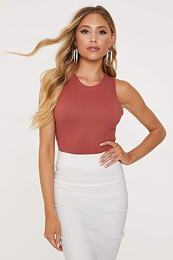 See Crew Neck Sleeveless Stretch Top in Marsala